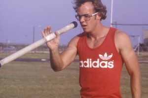 10 Questions with pole vaulter Billy Olson