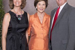 Rolando Diaz joins Laura Bush in charity event