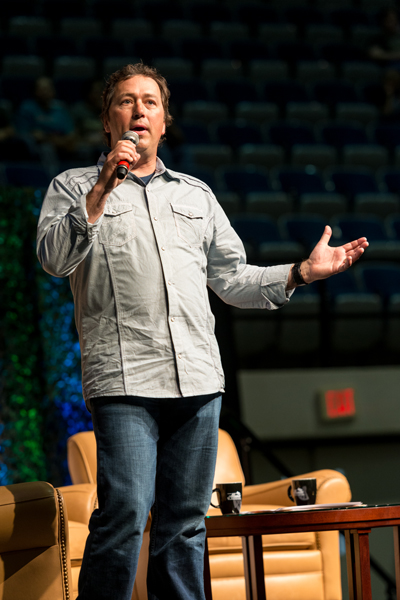 Alan is the eldest son of Phil and Kay Robertson and the former longtime minister of the Whites Ferry Road Church of Christ in West Monroe, La.