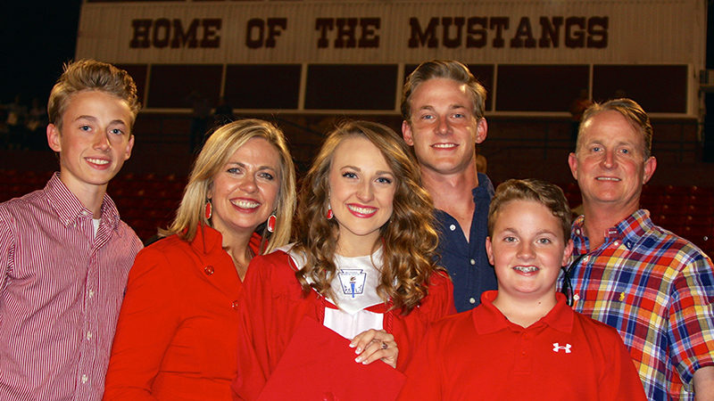 The Andrews family (from left): Carson, Leah (Carrington '90), Alaina ('20), Mason ('18), Kaden and Kirby ('90).