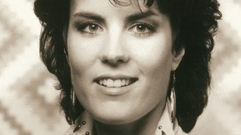 ACU Remembers: Holly Dunn