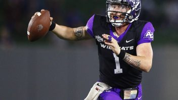 Sealey's heroics lead ACU to 45-20 win over UIW