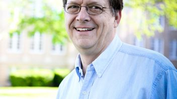 Dr. Mark Riggs | Professor of Mathematics