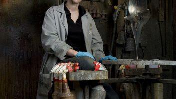 Rebecca Barker ('04)   Art & Design