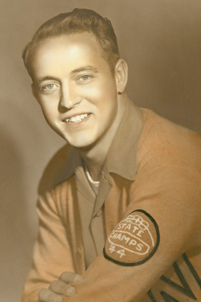 Teague's shot won the 1944 Texas state basketball title for Nocona High School.