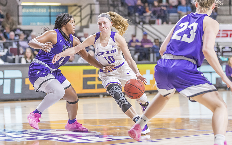 Senior guard Breanna Wright leads the ACU women into the quarterfinals of the conference tournament.