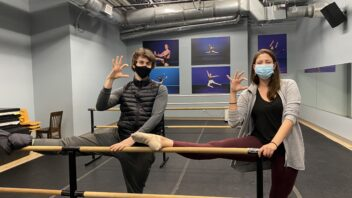 Paris ballet dancer, Abilene native Alex Maryianowski teaches ACU theatre workshop